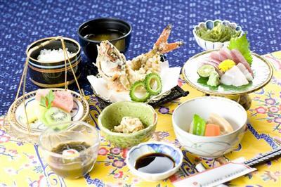 久米島の海の幸を使った料理が自慢の一つ