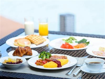 50種類以上のメニューが並ぶ朝食ブッフェ