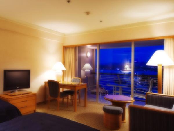 【全室オーシャンビュー】スーペリアツイン 検索一覧用写真、部屋写真 1