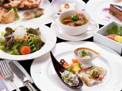 「レストラン華サンゴ」で頂く選べるディナー