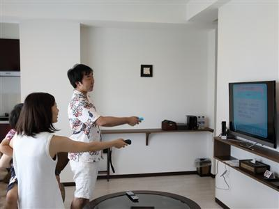 部屋でテレビゲームなどの貸し出し、アクティビティ予約も可能
