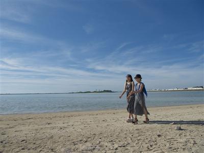 「瀬長ビーチ」や「瀬長島ウミカジテラス」など周辺を散策
