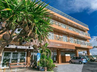 イーフビーチまで徒歩1分!観光の拠点に便利なホテル