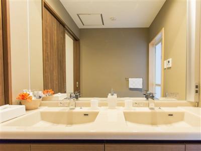 洗面台を2つ用意。朝の忙しい時間も安心