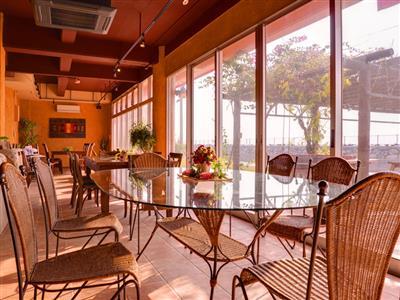 つくり手の温もりが伝わるくつろぎの空間「スローカフェ」