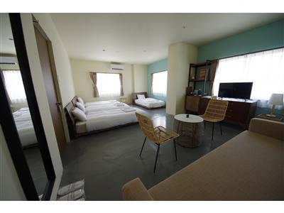 3~4人の宿泊に便利!4台のベッドが置かれたスーペリアツイン