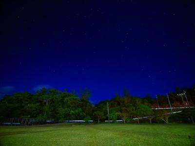 都会では見られない満天の星空は天然のプラネタリウム