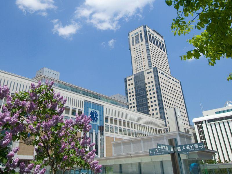 JR札幌駅直結で利便性の高さが魅力。札幌の街並みも一望できる