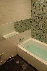 貸し切り利用できる浴室2ヶ所で、滞在中は、ゆっくりと入浴を楽しめる。