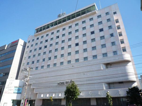 JR函館駅から徒歩約3分!ゴルフやスカッシュができるスポーツ施設が人気