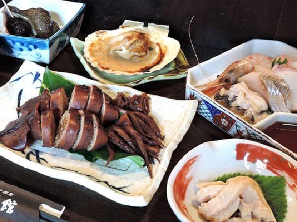 函館の新鮮な海の幸を中心とした料理が楽しめます