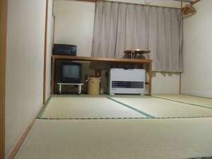 畳でゆっくり寛げる和室