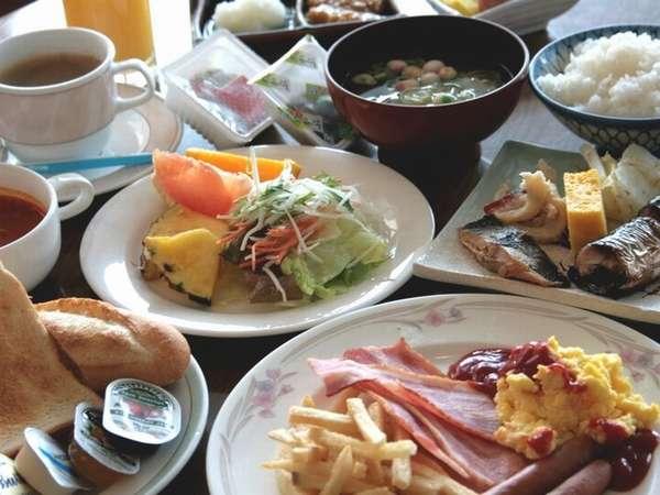 ご朝食は【1階レストラン ボンジュール】和洋バイキングです