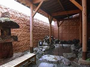 男女それぞれに露天風呂、サウナ、ヒーリングルーム、休憩室等を完備