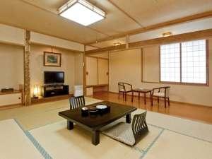 空気清浄機の全室完備等、清潔感にもこだわった和室