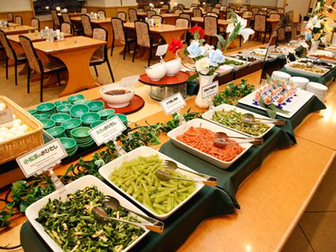 和食派・洋食派のお客様どちらにも満足いただける朝食バイキング