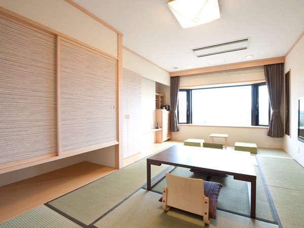 川側のお部屋の内側からドアでつながっている和室/洋室です。(イメージ