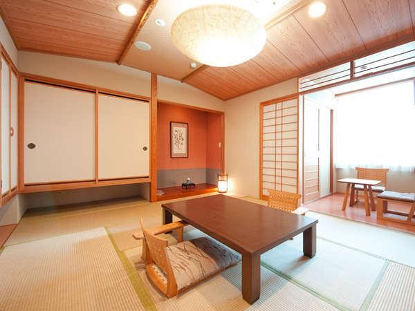 ゆったりおくつろぎいただける、露天風呂付和室10畳のお部屋