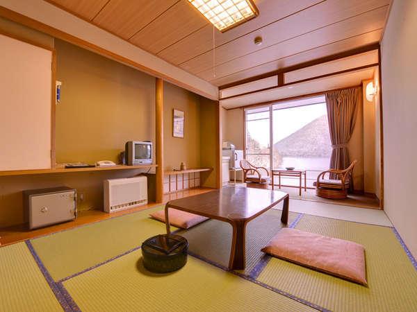 然別湖の自然を眺めながら寛げる客室