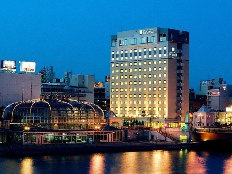 JR釧路駅より徒歩9分、夕日スポット「幣舞橋」近くのホテル