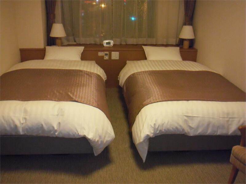 通常のツインルームの他、和洋室やスイートルームもある
