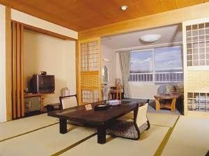 四季折々の阿寒湖の景色をお楽しみ頂ける湖側客室