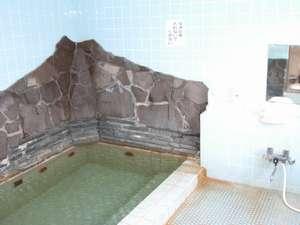100%かけ流し、お肌つるつる効果があるアルカリ単純温泉