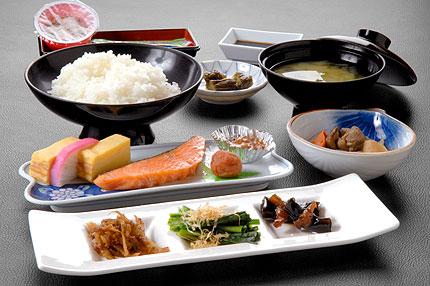 バイキングまたは和洋食膳が選べる朝食