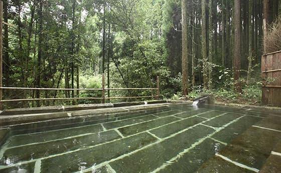 山鹿・平山で露天風呂が自慢の温泉旅館