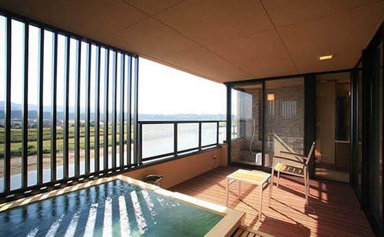 山鹿・平山で客室風呂が自慢の温泉旅館
